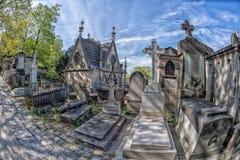 PARIJS, FRANKRIJK - MEI 2, 2016: oude graven in begraafplaats pere-Lachaise Royalty-vrije Stock Afbeelding