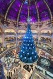 PARIJS FRANKRIJK - 22 NOVEMBER, 2012: Het Winkelcomplex van Galeries Lafayette Haussmann in Parijs frankrijk De tijd van Kerstmis Royalty-vrije Stock Fotografie