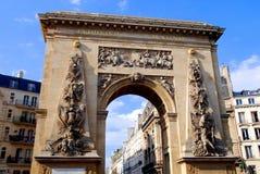 Parijs, Frankrijk: Porte St. Dénis Stock Afbeelding