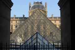 Parijs, Frankrijk - 02/08/2015: Weergeven van het Louvremuseum stock foto