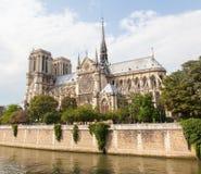 PARIJS, 28 JULI: Kathedraal Notre Dame de Paris op 28 Juli, 2013. Stock Afbeeldingen