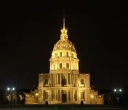 Parijs, kerk Saint-Louis des Invalides bij nacht Royalty-vrije Stock Foto's