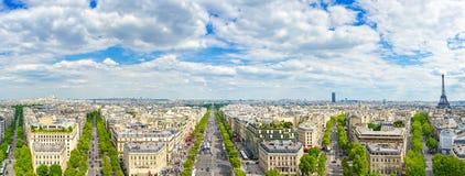 Parijs, panoramische luchtmening van Champs Elysees en andere de bouworiëntatiepunten stock afbeelding