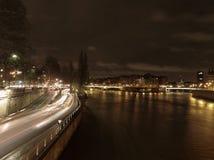 Parijs 's nachts in de winter Stock Afbeeldingen
