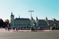 Parijs van de Zegenrivier pont wordt gezien Neuf die royalty-vrije stock afbeelding