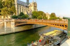Parijs ziet de hittegolf onder ogen stock fotografie