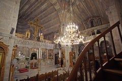 Parikia, Греция, 16-ое сентября 2018, внутренний взгляд церков Panagia Ekatontapyliani ко стоковые фотографии rf
