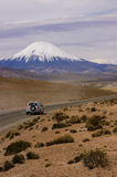 Parinacota vulkan i Chile Royaltyfri Fotografi
