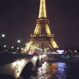 Paris à lui est le meilleur, chute dans l'amour avec la ville Photo stock