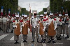 paris Франция 14-ое июля 2012 Пионеры перед парадом на Champs-Elysees в Париже Стоковая Фотография RF