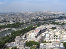 Paris - Ansicht am SpitzenEiffelturm Stockfotos