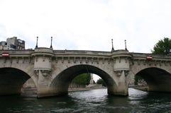 Paris-Ansicht vom Fluss Stockfotos