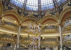 Paris, août 17,2013 - intérieur de Galeries La Fayette photographie stock