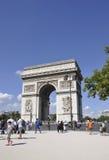 Paris august 20-Arc de Triomphe i Paris Arkivbilder