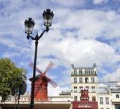 Paris august kabaret för rouge 18,2013-Moulin i Paris Fotografering för Bildbyråer
