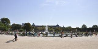 Paris august springbrunn för trädgård 18,2013-Tuilleries Royaltyfria Foton