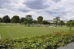 Paris august trädgård 18,2013-Tuileries i Paris Frankrike Royaltyfria Bilder