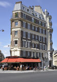 Paris Augusti 16,2013 byggnader Royaltyfri Bild