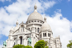 Paris. Basilica domes Sakre-Ker. And cloudy sky Stock Photography