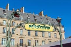 Paris - benutzen Sie die Metro Stockbild