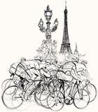 Paris - cyklister i konkurrens Royaltyfri Bild