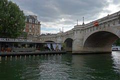 Paris - der Charme der Stadt Brücken über der Loire Lizenzfreies Stockbild