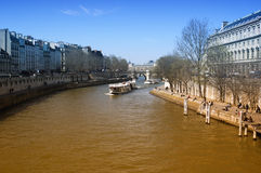 Paris du fleuve Sena Images stock