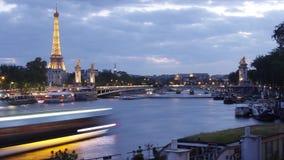 Paris Eiffeltorn Timelapse och Seine River, Frankrike, film för 4K UHDV (3840x2160) 25fps arkivfilmer