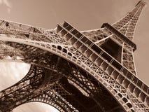 Paris-Eiffelturm gekippt Lizenzfreies Stockbild