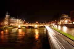 Paris em a noite fotos de stock royalty free