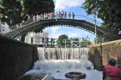 Paris ett lås i kanalen St Martin Royaltyfria Foton