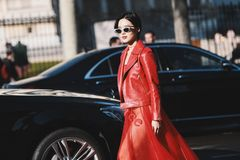 Paris Fashion Week - Street Style - PFWAW19 Stock Images
