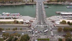 Paris flyg- sikt av den Seine River och Jena bron Arkivfoto