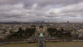 Paris från Eiffel står hög arkivfilmer