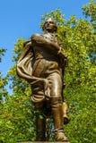 PARIS, FRANÇA - 30 DE AGOSTO DE 2015: Esculturas de bronze do parque de Paris da pessoa famosa Imagem de Stock