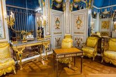 PARIS, FRANÇA - 18 de agosto de 2017: Interior do museu do Louvre Fotografia de Stock