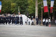 Paris, França - 14 de julho de 2012 Os soldados da legião estrangeira francesa marcham durante a parada militar anual Fotos de Stock