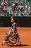 PARIS, FRANÇA - 10 DE JUNHO DE 2017: Cadeira de rodas fi da mulher de Roland Garros Imagem de Stock Royalty Free