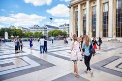 Paris, França - 19 de junho de 2015: quadrado do Trocadero foto de stock royalty free