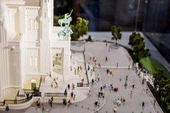 Paris, França, o 26 de março de 2017: A basílica do coração sagrado do modelo à escala de Paris Fotografia de Stock