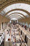 Paris, França, o 28 de março de 2017: O interior do ` do musee d orsay É abrigado no ` anterior Orsay de Gare d, Beaux-artes Fotografia de Stock Royalty Free
