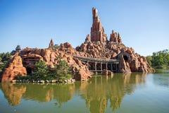 Paris, Fran?a 14 de janeiro de 2019: Fanstasyland em Disneyland Paris, cidade feericamente de Fran?a imagens de stock