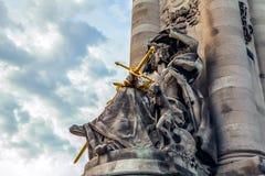 PARIS, FRANCE - 30 AOÛT 2015 : Sculptures en bronze en parc de Paris de personne célèbre Photographie stock libre de droits