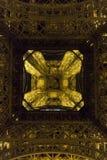 Paris, France - 25 août 2017 : Tour Eiffel dans l'éclairage de nuit photographie stock libre de droits
