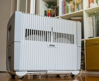 Modern Venta Air humidifier and purifier in one in living room