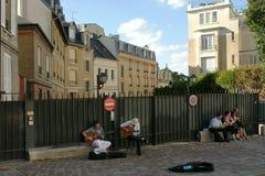 PARIS, FRANCE - AUGUST 26: Street musicians in Paris Stock Images