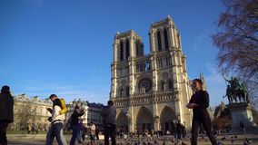 Paris, France - 18 01 2019 : Cathédrale Notre Dame de Paris banque de vidéos