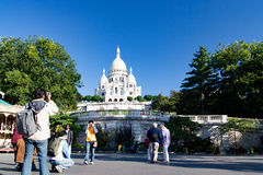 PARIS, FRANCE, crica en avril 2016 Le coeur de Sacre, vue de vue de saint Pierre Square Dans Montmartre Photo libre de droits
