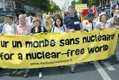 Paris, FRANCE - demonstração antinuclear da potência imagens de stock