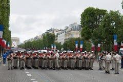 Paris, France - 14 juillet 2012 Les soldats de la légion étrangère française marchent pendant le défilé militaire annuel Image libre de droits